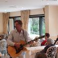 Après la chanteuse lyrique russe Luzaber Cazanova à l'occasion des 25 ans de la résidence, cette année l'équipe dirigeante a fait appel à Erik Scornet chanteur guitariste. Erik Scornet reprend […]